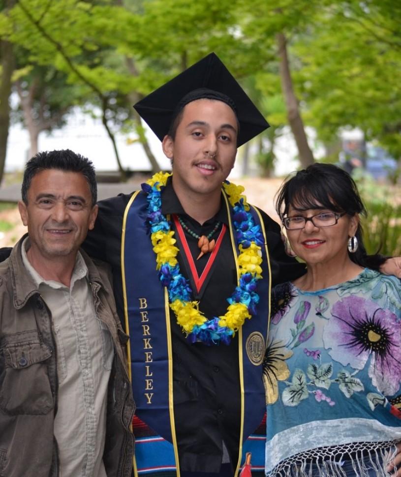 John Jairo Valencia UC Berkeley with parents